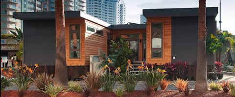 Living-Home-Low-Cost-LEED-Platinum